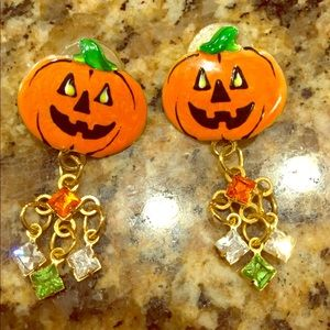 Jewelry - Lunch At The Ritz Halloween Earrings